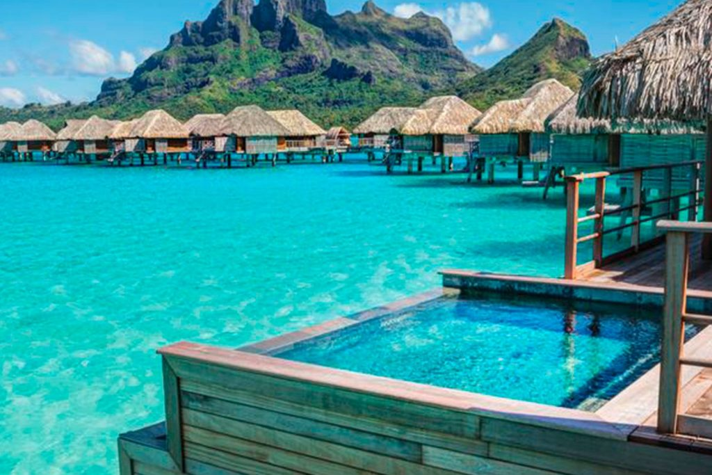 Four-Seasons-Resort-Bora-Bor